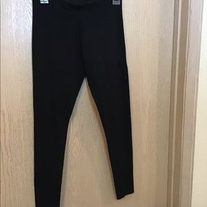 Victoria Sport | Size Small | Black Leggings